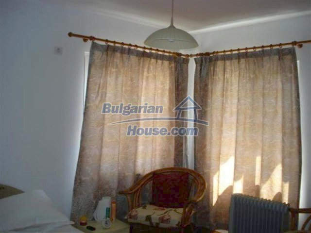 12091:18 - Charming recently renovated house near Elhovo