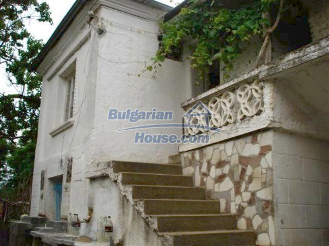 12092:2 - Very cheap and nice rural property with a huge garden - Elhovo