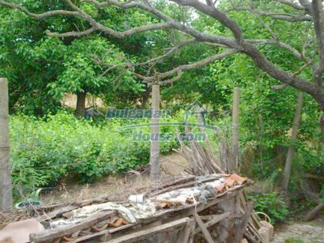 12092:19 - Very cheap and nice rural property with a huge garden - Elhovo