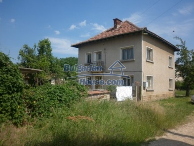 12105:2 - Well kept rural house with mountain view near Vratsa