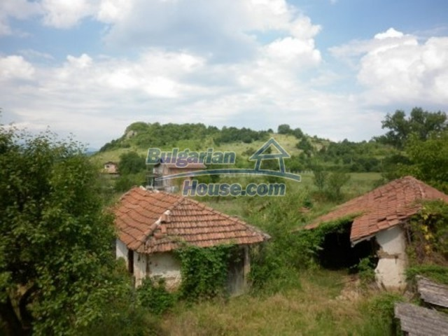 12105:12 - Well kept rural house with mountain view near Vratsa
