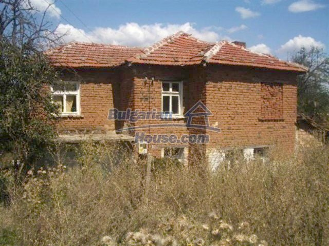 12110:1 - Extremely cheap rural house in beautiful area  - Elhovo region