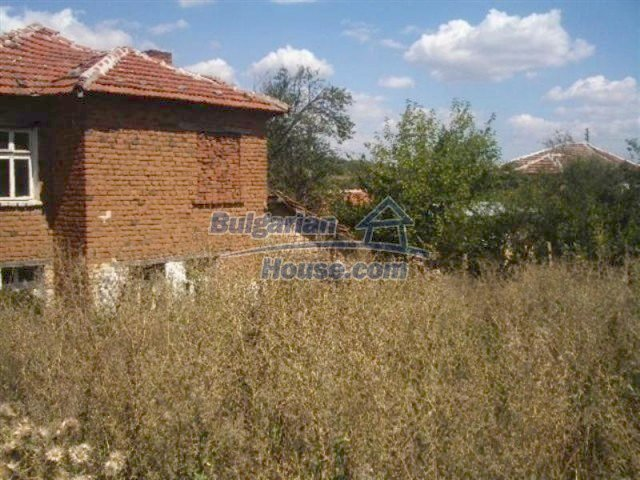 12110:2 - Extremely cheap rural house in beautiful area  - Elhovo region