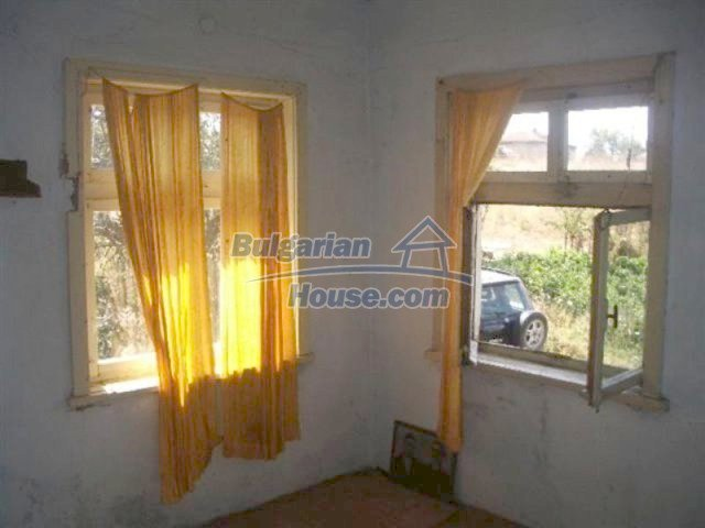 12110:4 - Extremely cheap rural house in beautiful area  - Elhovo region