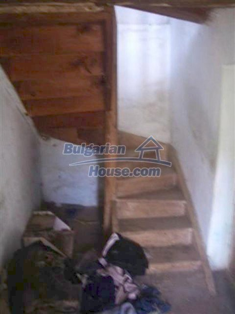 12110:11 - Extremely cheap rural house in beautiful area  - Elhovo region