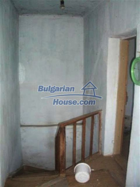 12110:12 - Extremely cheap rural house in beautiful area  - Elhovo region