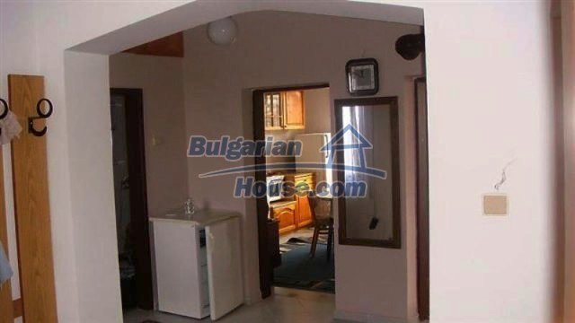 12111:3 - Furnished floor of a house in excellent condition - Burgas