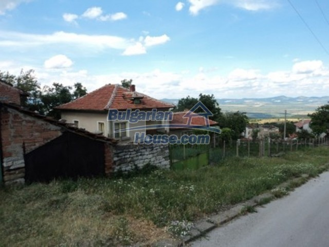 12118:3 - Bulgarian house in the mountains near Vratsa – fascinating views