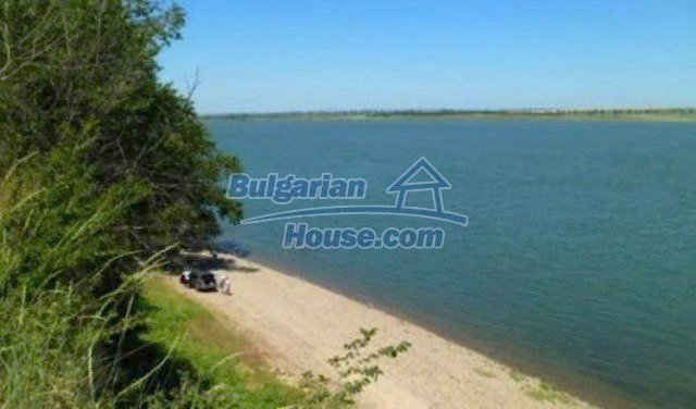 12123:14 - Nice cheap house on the bank of Danube River - Vidin