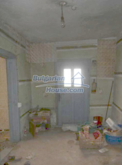 12123:18 - Nice cheap house on the bank of Danube River - Vidin