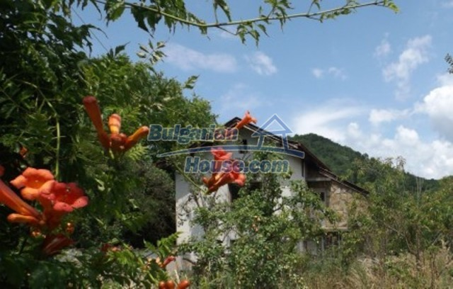 12128:2 - Beautiful rural house with garden and lovely view near Vratsa