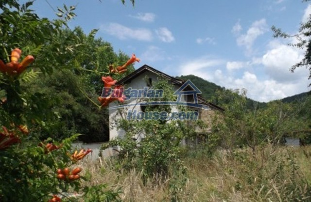 12128:3 - Beautiful rural house with garden and lovely view near Vratsa