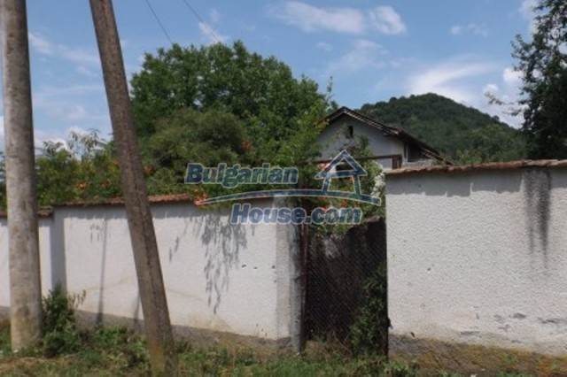 12128:5 - Beautiful rural house with garden and lovely view near Vratsa