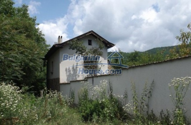 12128:6 - Beautiful rural house with garden and lovely view near Vratsa