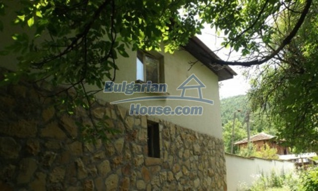 12128:8 - Beautiful rural house with garden and lovely view near Vratsa