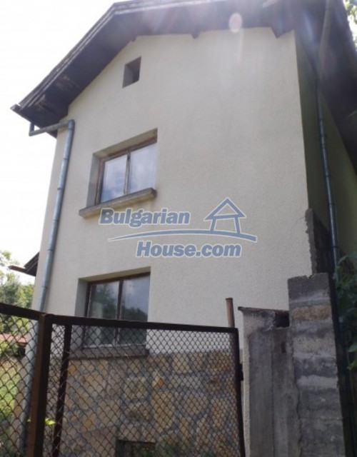 12128:12 - Beautiful rural house with garden and lovely view near Vratsa