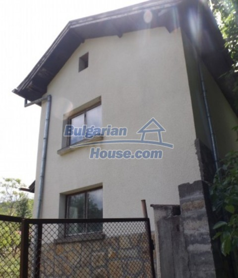 12128:13 - Beautiful rural house with garden and lovely view near Vratsa