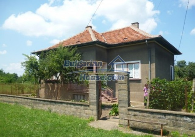 12130:1 - Cheap sunny house 20 km away from Danube River - Vratsa