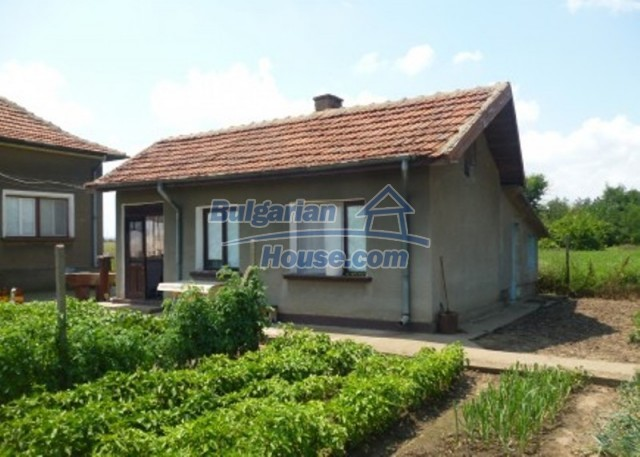 12130:6 - Cheap sunny house 20 km away from Danube River - Vratsa