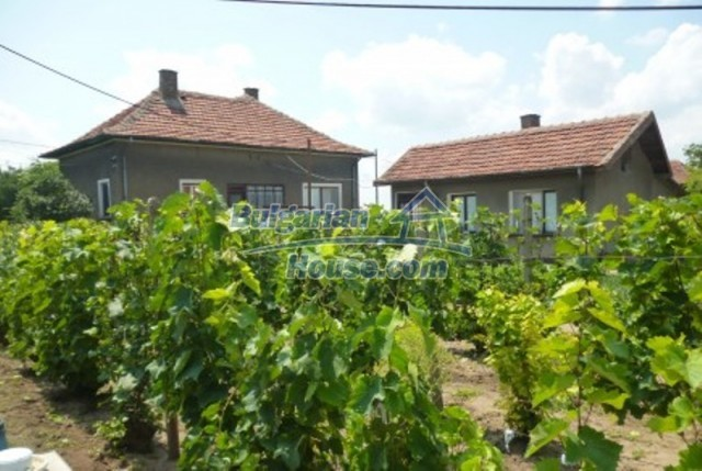 12130:12 - Cheap sunny house 20 km away from Danube River - Vratsa