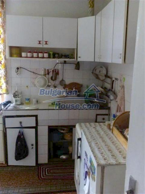 12135:13 - Spacious well presented Bulgarian house in Elhovo town