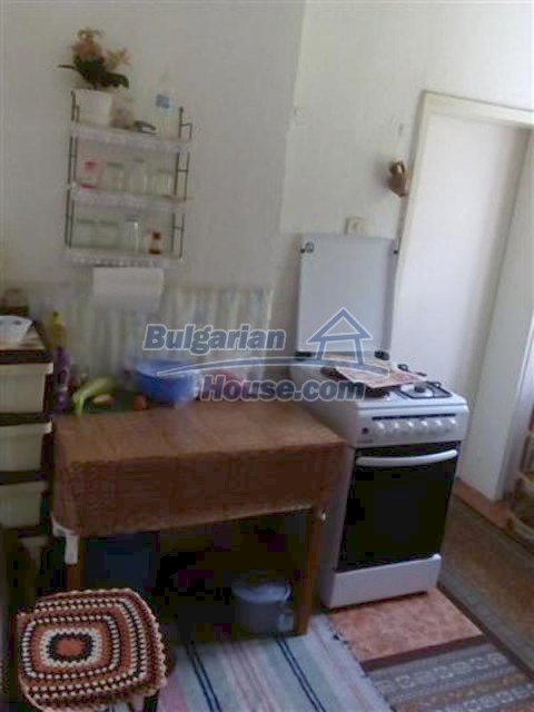 12135:14 - Spacious well presented Bulgarian house in Elhovo town