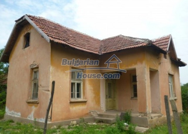 12137:27 - Functional property near Danube River and Vratsa – nice scenery