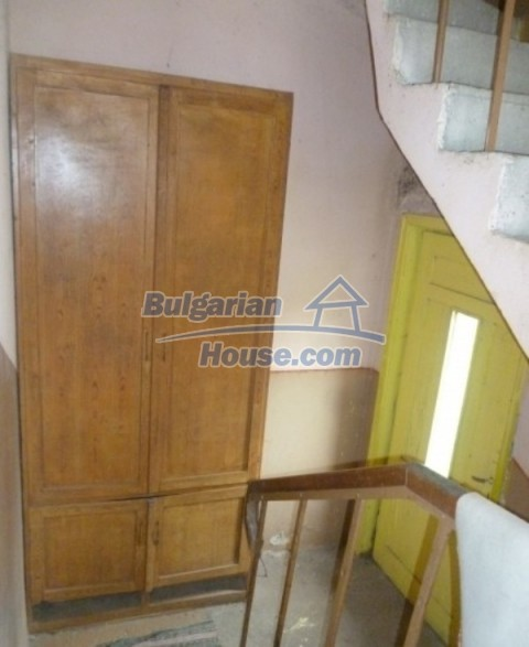 12137:29 - Functional property near Danube River and Vratsa – nice scenery