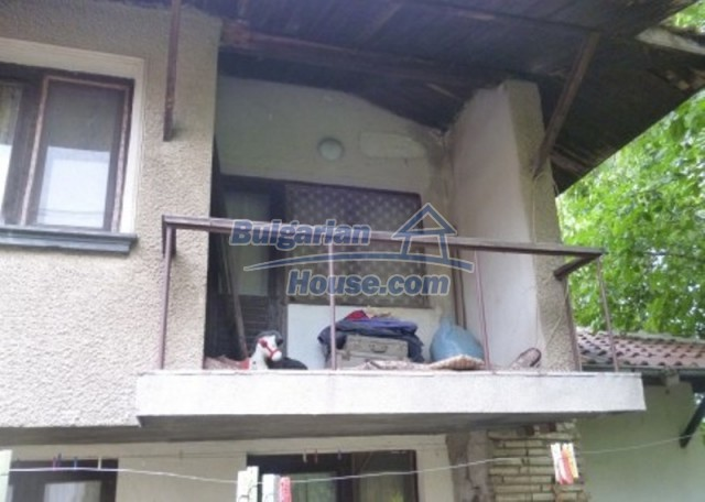 12140:11 - Nice furnished house with garden and swimming pool near Vratsa