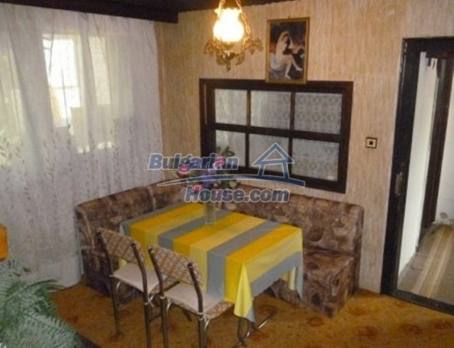 12140:17 - Nice furnished house with garden and swimming pool near Vratsa