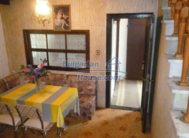 12140:18 - Nice furnished house with garden and swimming pool near Vratsa