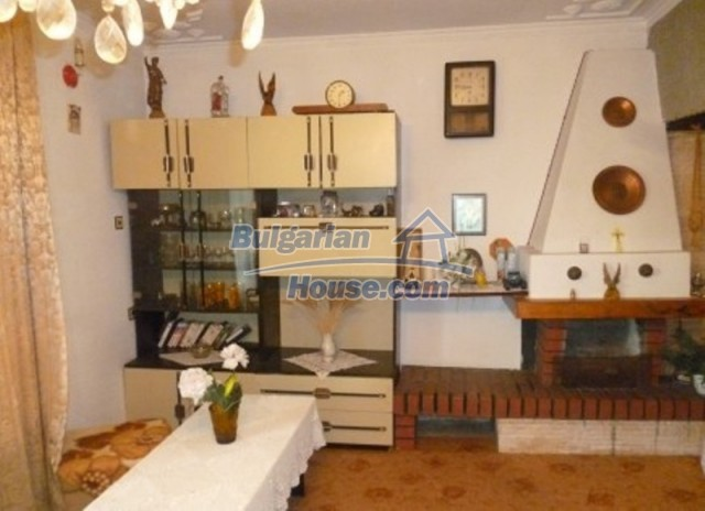 12140:20 - Nice furnished house with garden and swimming pool near Vratsa