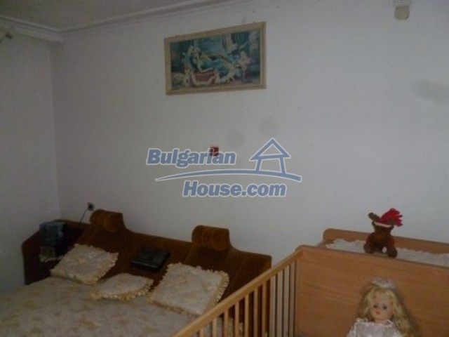 12140:24 - Nice furnished house with garden and swimming pool near Vratsa