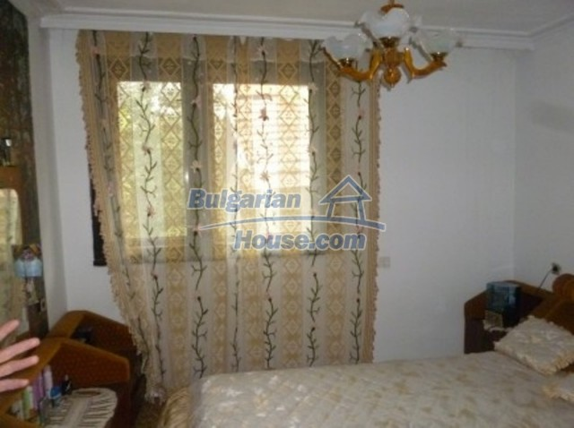 12140:25 - Nice furnished house with garden and swimming pool near Vratsa