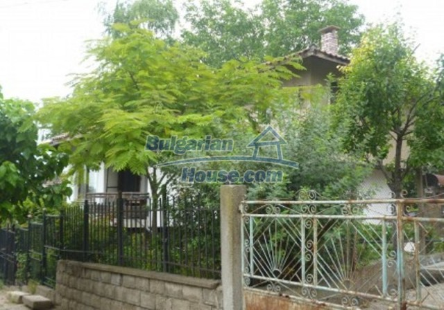 12140:31 - Nice furnished house with garden and swimming pool near Vratsa