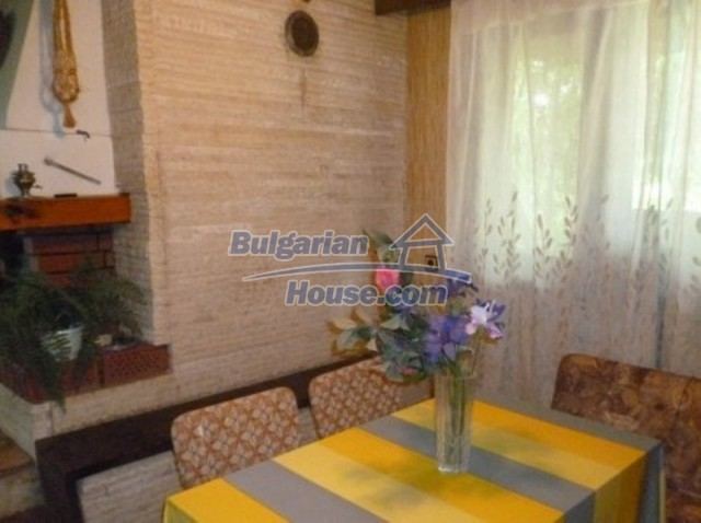 12140:27 - Nice furnished house with garden and swimming pool near Vratsa