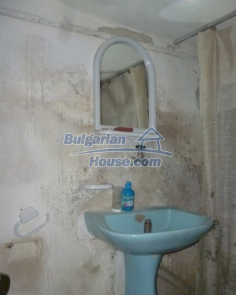 12140:33 - Nice furnished house with garden and swimming pool near Vratsa