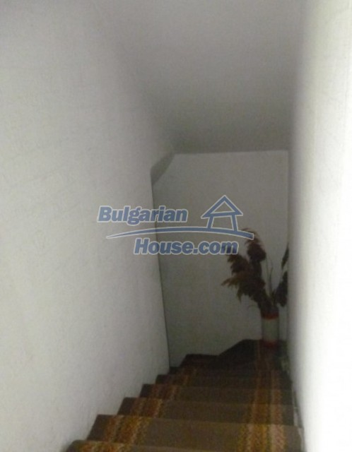 12140:34 - Nice furnished house with garden and swimming pool near Vratsa