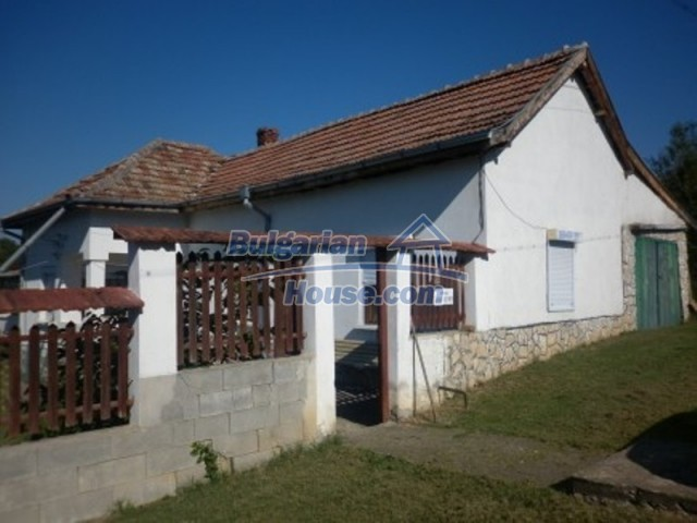 12144:4 - Cheap rural house with adorable panoramic view - Vratsa
