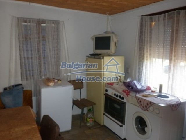 12144:9 - Cheap rural house with adorable panoramic view - Vratsa