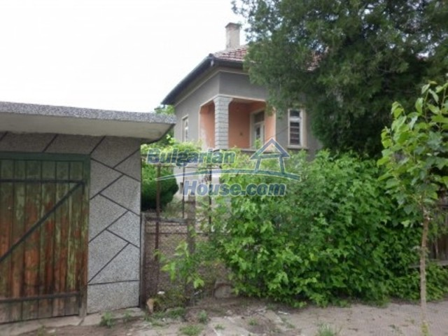 12145:7 - Very cheap riverside house with large garden near Vratsa