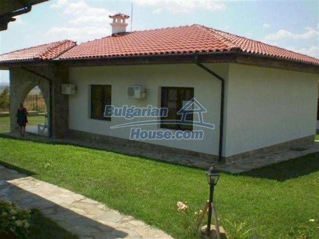 12153:1 - Charming furnished seaside house with pool - Nessebar