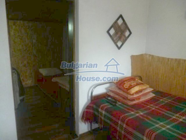 12156:11 - Lovely and cheap Bulgarian house near Vratsa – enchanting views