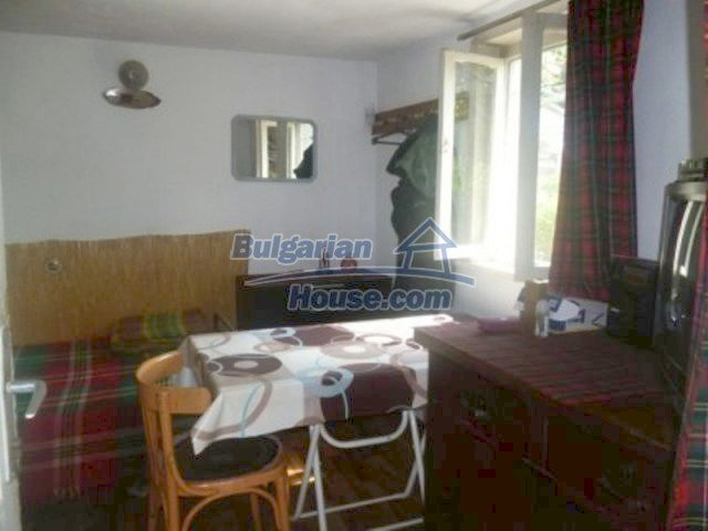 12156:10 - Lovely and cheap Bulgarian house near Vratsa – enchanting views
