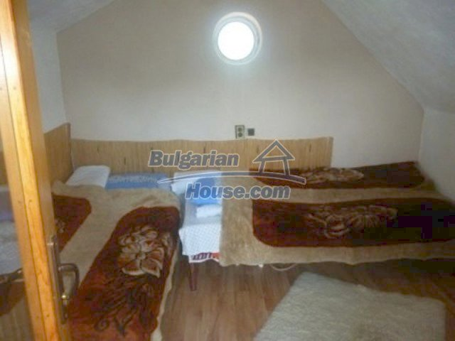 12156:16 - Lovely and cheap Bulgarian house near Vratsa – enchanting views