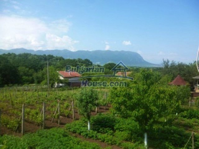 12156:18 - Lovely and cheap Bulgarian house near Vratsa – enchanting views