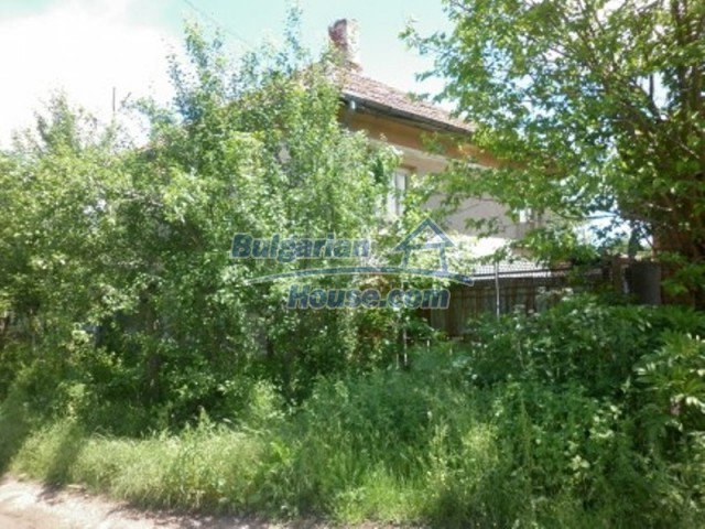 12157:2 - Cheap rural house with vast garden near Vratsa