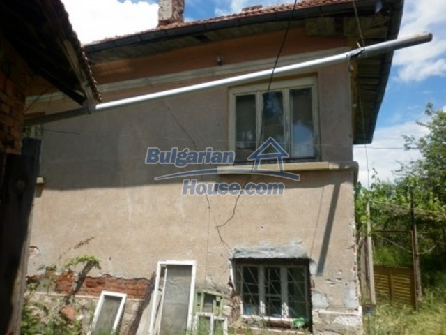 12157:5 - Cheap rural house with vast garden near Vratsa