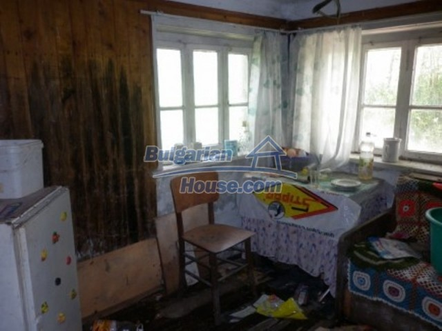 12157:11 - Cheap rural house with vast garden near Vratsa