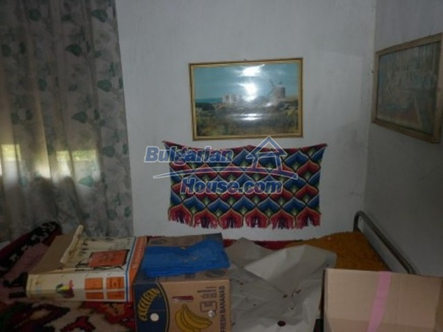 12157:23 - Cheap rural house with vast garden near Vratsa